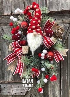 Gorgeous Scandinavian Winter Wreaths Ideas With Natural Spirit 16