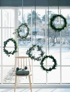 Gorgeous Scandinavian Winter Wreaths Ideas With Natural Spirit 32