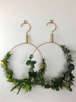 Gorgeous Scandinavian Winter Wreaths Ideas With Natural Spirit 39