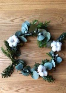Gorgeous Scandinavian Winter Wreaths Ideas With Natural Spirit 49