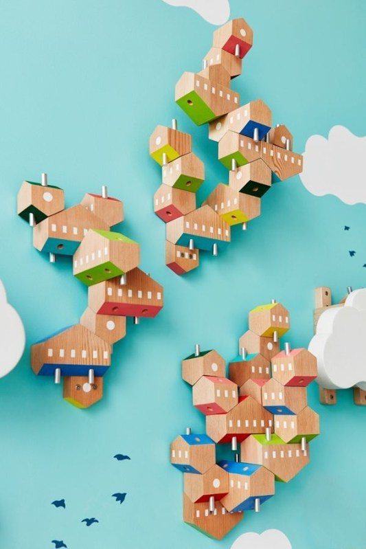 Magnificient Wooden Sky Villages Building Ideas For Interactive Kid Walls 09