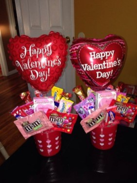 Outstanding Valentine Day Decorations Ideas That You Will Love 08
