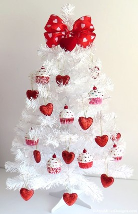 Outstanding Valentine Day Decorations Ideas That You Will Love 17