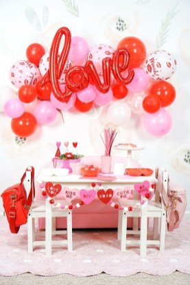 Outstanding Valentine Day Decorations Ideas That You Will Love 26
