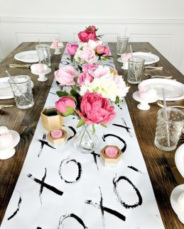 Outstanding Valentine Day Decorations Ideas That You Will Love 31