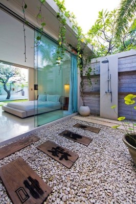 Sophisticated Outdoor Bathroom Design Ideas That Feel Like A Vacation 07