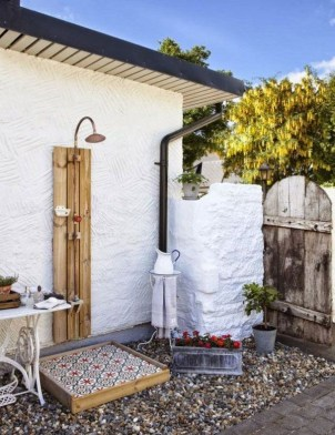 Sophisticated Outdoor Bathroom Design Ideas That Feel Like A Vacation 44