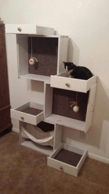 Spectacular Recycled Furniture Design Ideas For Your Pet Feel Happy 34