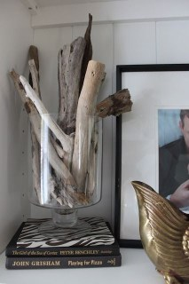 Splendid Driftwood Decor Ideas To Try Right Now 02