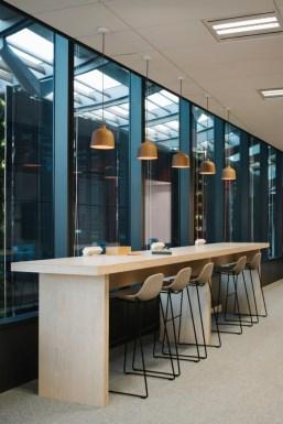 Splendid Workspaces Design Ideas That Mom Will Love 42