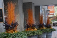 Superb Outdoor Winter Decor Ideas That Refresh Your Feel 40