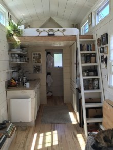 Adorable Tiny Houses Design Idea With 160 Square Feet That You Need To Try 40