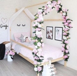 Beautiful Girl Bedroom Design Ideas That Looks So Charming 05