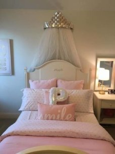 Beautiful Girl Bedroom Design Ideas That Looks So Charming 11