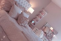 Beautiful Girl Bedroom Design Ideas That Looks So Charming 26