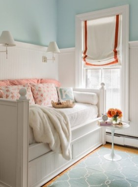 Beautiful Girl Bedroom Design Ideas That Looks So Charming 33