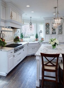 Best White Kitchen Design Ideas That You Need To Copy 03