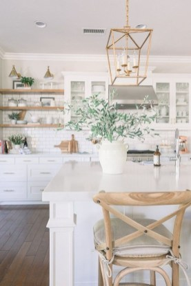 Best White Kitchen Design Ideas That You Need To Copy 25