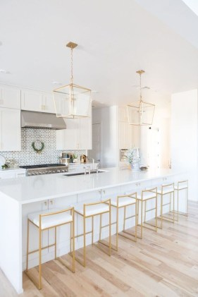 Best White Kitchen Design Ideas That You Need To Copy 34