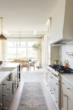 Best White Kitchen Design Ideas That You Need To Copy 36