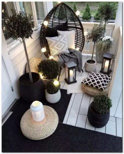Comfy Balcony Design Ideas To Try Right Now 19