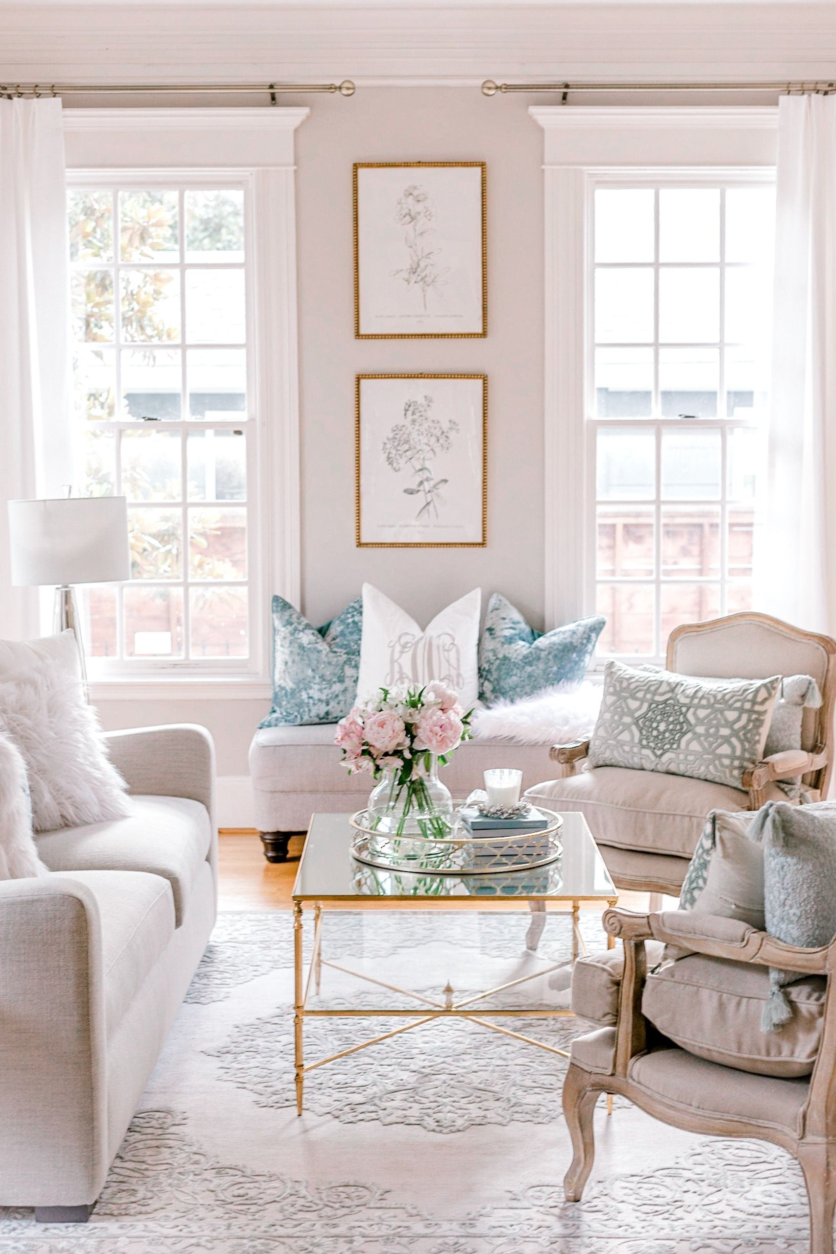 Cool Living Room Design Ideas That Looks So Adorable 31
