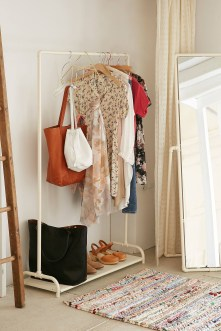 Modern Clothing Racks Design Ideas For Narrow Space To Try Asap 02
