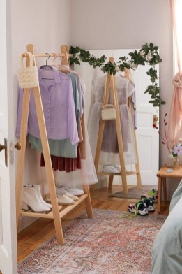 Modern Clothing Racks Design Ideas For Narrow Space To Try Asap 09