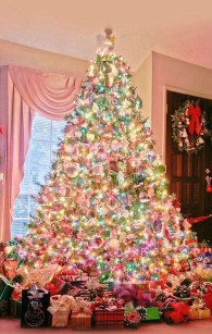 Pretty Pink Winter Tree Decorating Ideas That Looks So Awesome 01