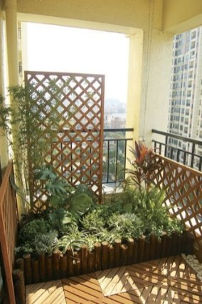 Relaxing Covered Balcony Design Ideas To Try In Apartment 18