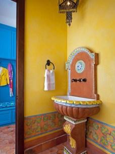 Top Fresh Orange Bathroom Design Ideas To Try Asap 03