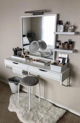 Affordable Home Decoration Ideas With Makeup Vanity That Can Inspire You 25