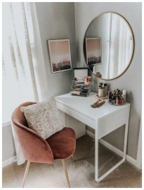 Affordable Home Decoration Ideas With Makeup Vanity That Can Inspire You 28