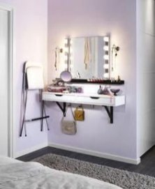 Affordable Home Decoration Ideas With Makeup Vanity That Can Inspire You 32