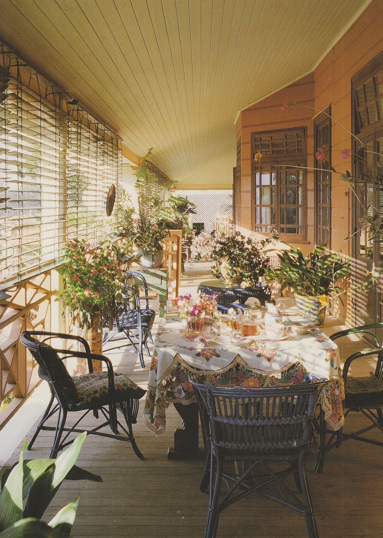 Amazing Classical Terrace Design Ideas To Try This Spring 12