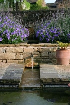 Amazing Classical Terrace Design Ideas To Try This Spring 41