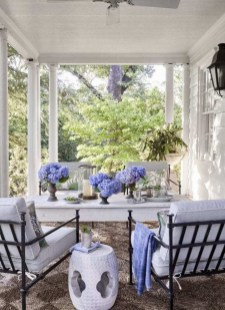 Amazing Classical Terrace Design Ideas To Try This Spring 46