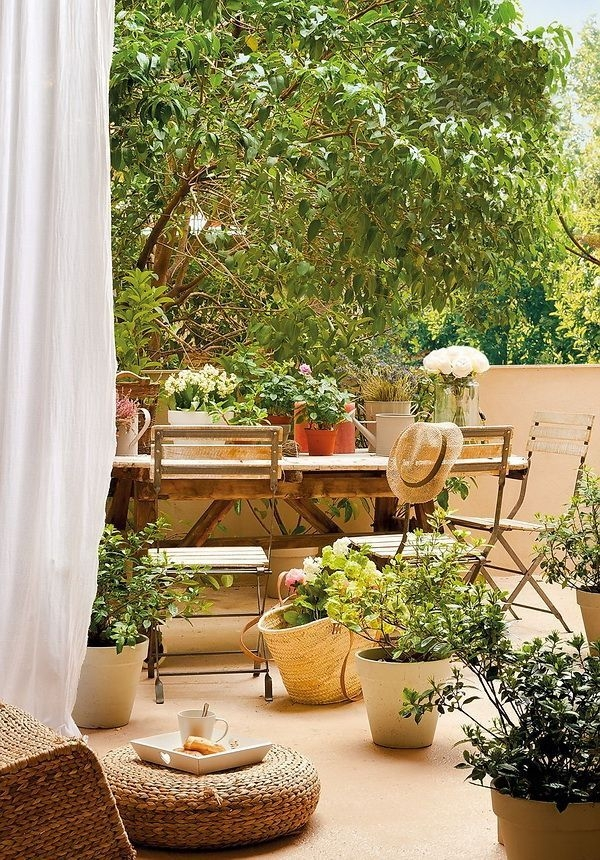 Amazing Classical Terrace Design Ideas To Try This Spring 50
