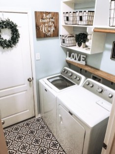 Astonishing Small Laundry Room Design Ideas For Organization To Try 04
