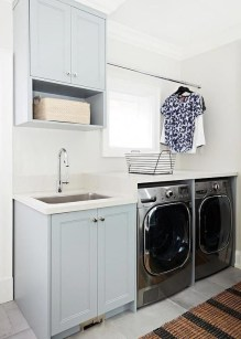 Astonishing Small Laundry Room Design Ideas For Organization To Try 20