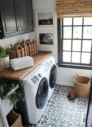 Astonishing Small Laundry Room Design Ideas For Organization To Try 27