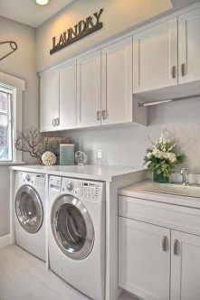 Astonishing Small Laundry Room Design Ideas For Organization To Try 31