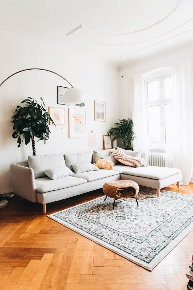 Awesome Living Room Wood Floor Decoration Ideas That You Need To Try 38