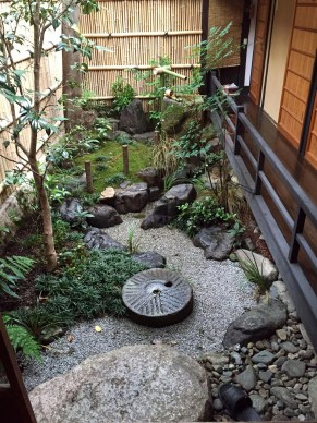 Best Japanese Garden Design Ideas That Looks So Stunning 35
