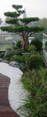 Best Japanese Garden Design Ideas That Looks So Stunning 43
