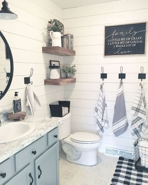 Brilliant Bathroom Wall Décor Ideas That Will Awesome Your Home 09