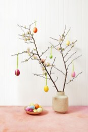 Charming Easter Wall Decoration Ideas That Inspire You Today 03