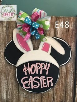 Charming Easter Wall Decoration Ideas That Inspire You Today 35