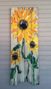 Cool Wood Sunflower Wall Decor Ideas That You Need To Try 12
