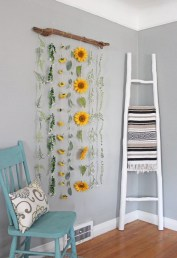 Cool Wood Sunflower Wall Decor Ideas That You Need To Try 19